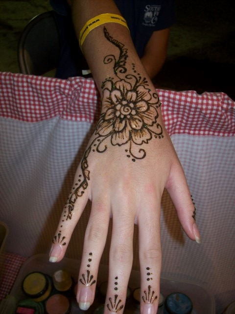 Painters alley henna art designs for Over moisturized tattoo